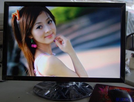 Processing price brand new 22-inch widescreen LED LCD monitor computer screen monitoring game on-hook TV plus 60