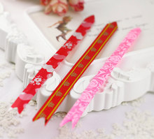 Xiang xiang xi paved Wedding gift box pulling balls accessories small happy character of red roses The trumpet garland