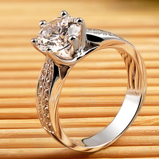 Mozambique gifted black card white diamond ring high simulation diamond ring 18K white gold ring couple female models provides 950 platinum