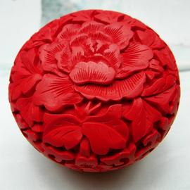 特价北京特色工艺品漆器雕盒3寸牡丹盒子 雕漆首饰盒粉盒 送老外