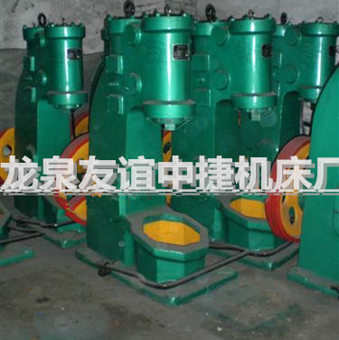 C41-16KG连体空气锤 小型锻打机床