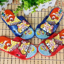 The new summer children slippers Private cute cartoon of bears antiskid cool slippers at home
