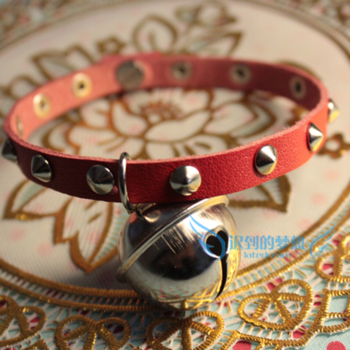 Red soft leather rope tapered punk cool rivet Japanese cat Shutong bell cat collar / comfortable collar