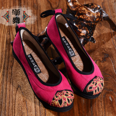 Chinese dance authentic round shallow mouth of old Beijing shoes embroidered band Melaleuca folk style shoes canvas shoes at the end of splendor