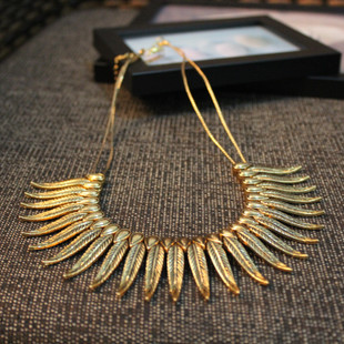 Retro big European and American punk wings wings double stranded false collar female short necklace chain clavicle exaggerated decoration accessories