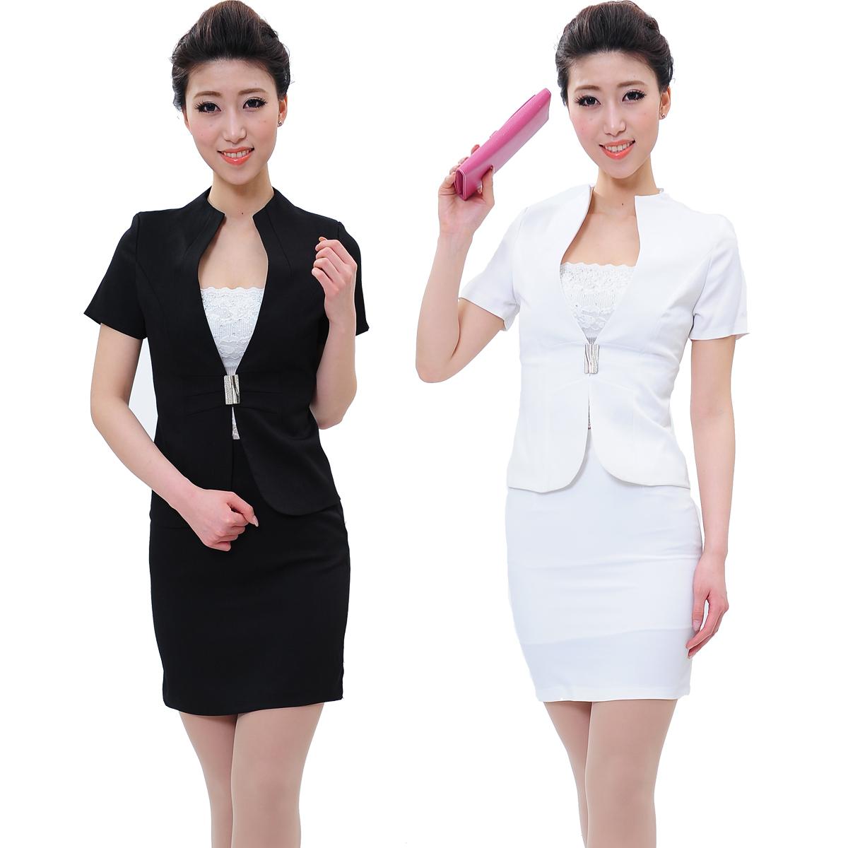 Hotel front desk uniform designs hostgarcia for Uniform spa manager