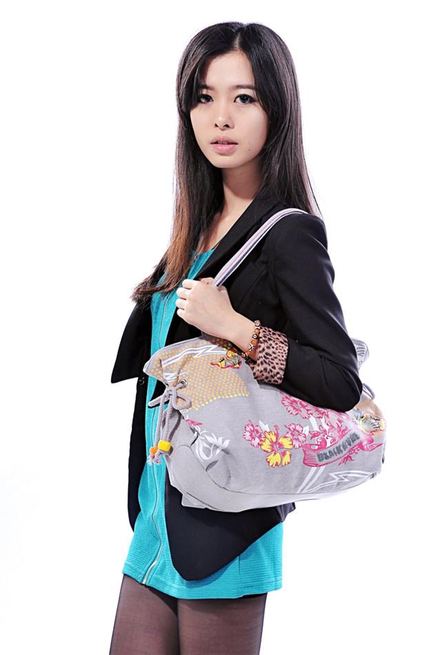 2021 black eyes hot sale special price printed shoulder bag for women