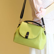 Lady handbags paragraphs in the spring and autumn in the spring of 2015 the new tide han edition handbag hand his messenger bag shoulder bag bag
