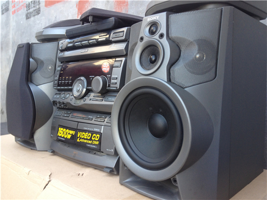 Imported second-hand stereo component systems Sony HCD-V808 bookshelf  speakers original remote control