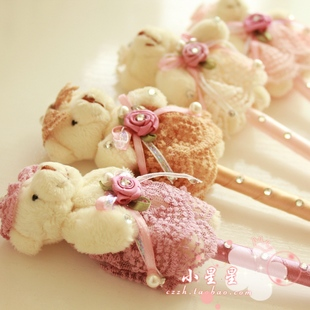 Japan and South Korea creative stationery super cute little bunny cartoon fashion retractable pen Lace Bear Pen