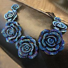 South Korea in the summer summer blue gem flower necklace short chains of bone deserve to act the role of fashion lady