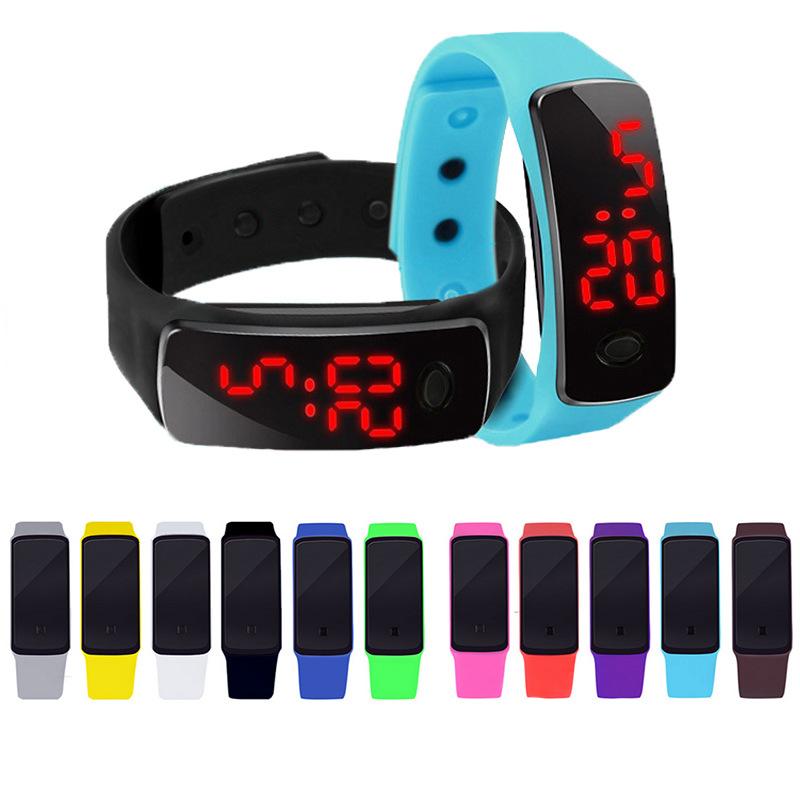 Childrens LED electronic watch silicone bracelet watch Korean luminous childrens watch boys life waterproof luminous