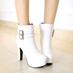 In autumn and winter the new Martin boots, high heels short boots Western wind water set thick with round head belt buckle ankle boots women