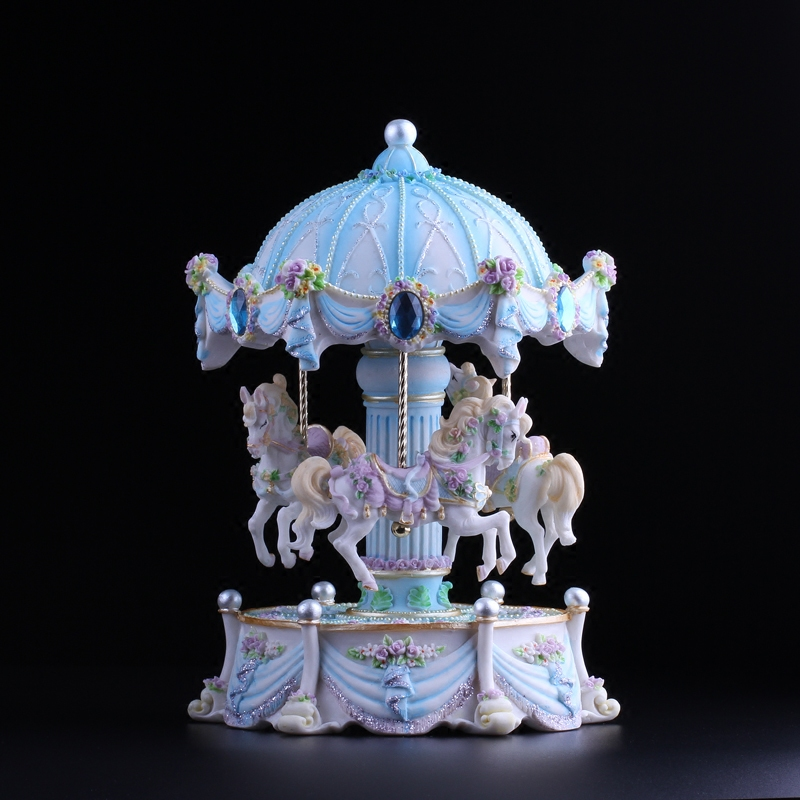 蓝色旋转木马八音盒音乐盒  可发光 发条式 机械式 上弦 天空之城
