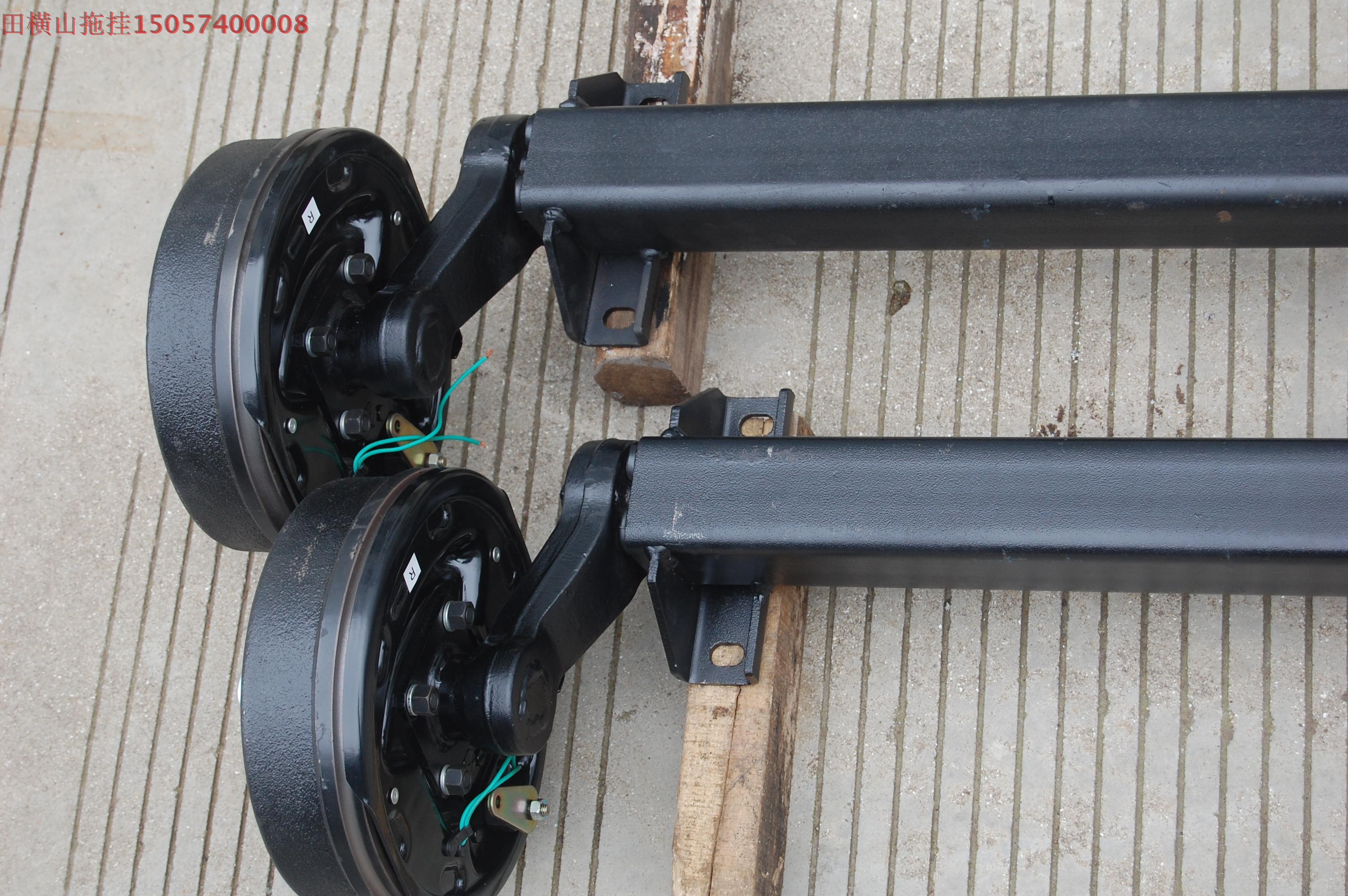 1.5T房车平板拖挂电磁刹车扭力轴制动拖车轴扭力桥带手刹拖车配件