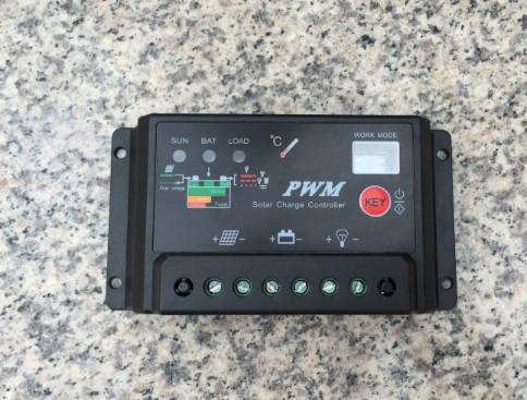 太阳能电池板控制器24V12V20a自动识别太阳能专用usb保护器充电器