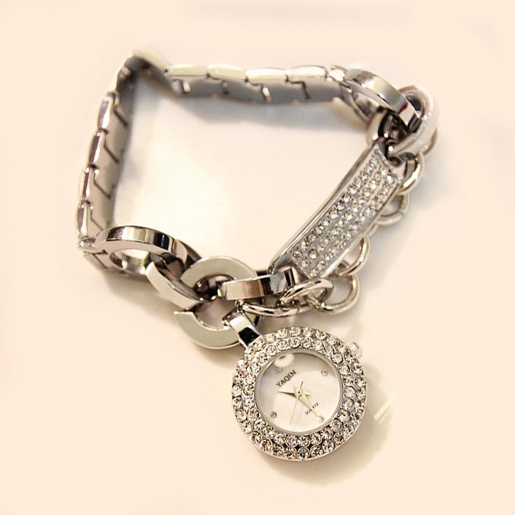 B64 大气质感 满钻米兰时装周欧美时尚手链水晶钻手表 好机芯预售