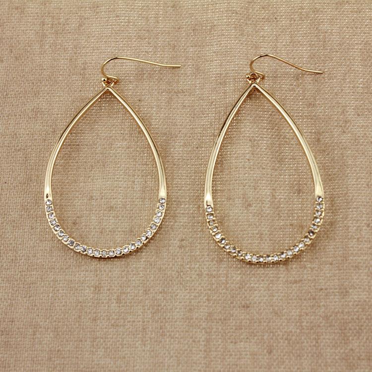 Волос Торговля оптовая качество ювелирных шипованных золотые капли дамы преувеличенными серьги QC