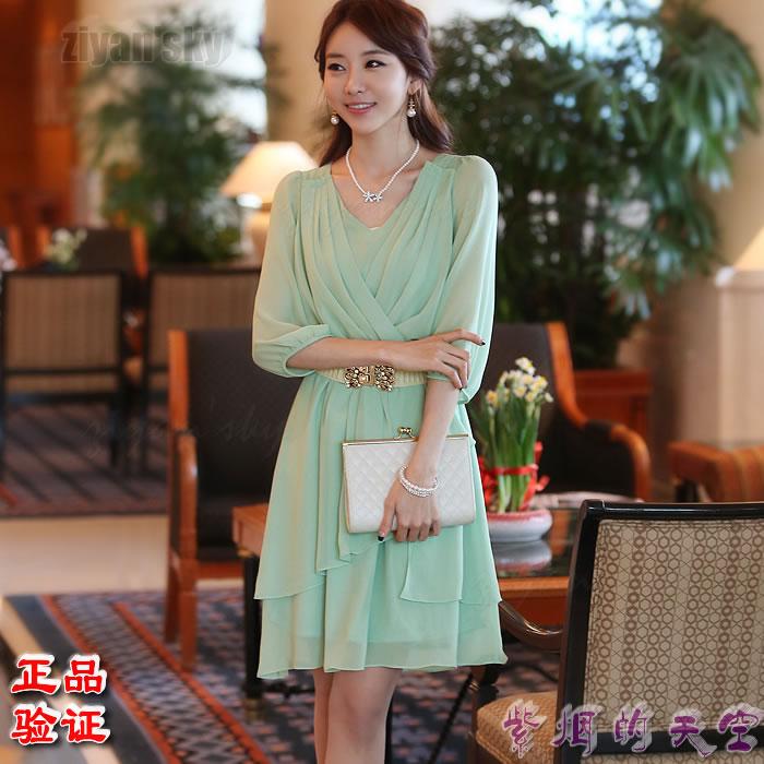 Ziyan / XH Korean genuine imported womens dress spring and summer large swing skirt V-neck pleated 7-sleeve Chiffon Dress