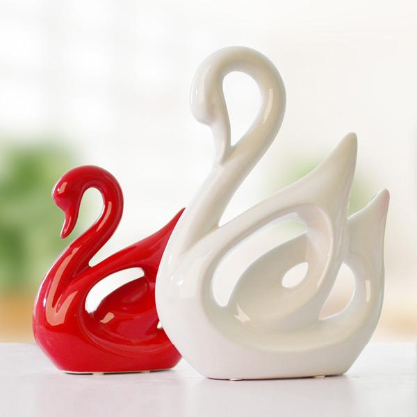 包郵~紅白情侶天鵝~ 家居裝飾品 抽象擺件 陶瓷工藝品