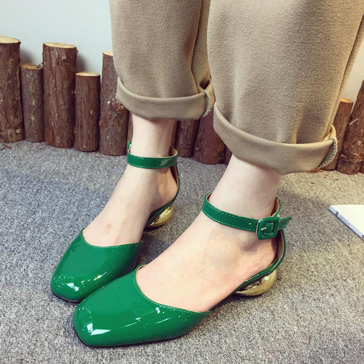 S 2016 каждое слово в корейской версии простой белой обуви и удобный ремень с квадратная голова легкая обувь с низкой пятки женщин с плоским дном