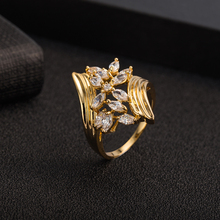 Europe and the United States exaggerate ring temperament character flower shape ring non-mainstream allergy ring diamond ring big diamond ring to marry him