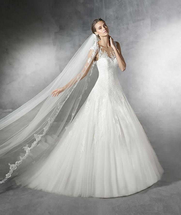 2020夏新款抹胸大露背拖尾蓬蓬裙婚纱礼服性感显瘦新娘结婚出门纱