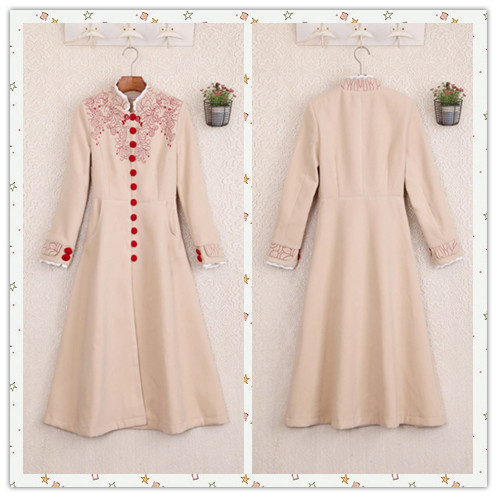 Winter Palace retro Princess Dress embroidered lace woolen coat sweet temperament slim bodied thickened tweed coat