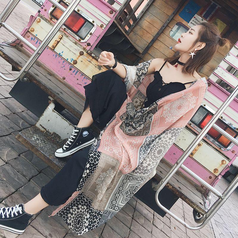 围巾女春秋防晒沙滩巾旅游拍照女士披肩两用夏季棉麻丝巾