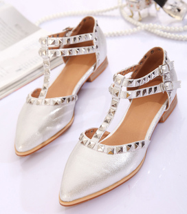Pepper Show 2014 British Institute rivet punk shoes pointed shoes flat shoes with flat shoes shoes sandals Europe