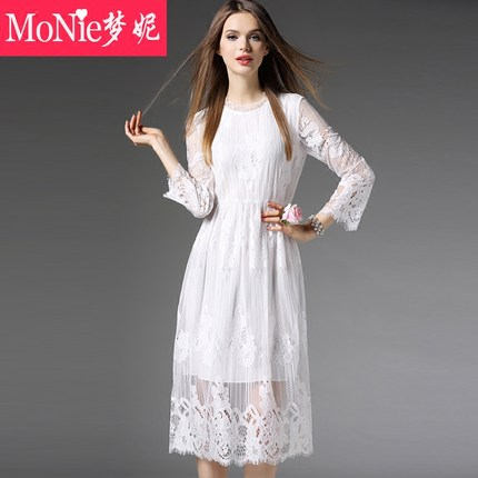 2016 spring Europe and America hollow lace dress was thin dress A word skirt round neck long-sleeved white dress