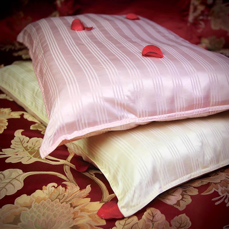 Daily sericulture brain pillow