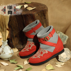 Chinese dance clearance specials folk style short boots women boots casual and comfortable high layer embroidered fabric boots at the end of The Ballad of Mulan