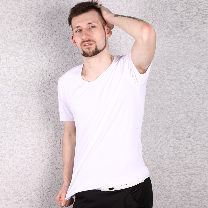 天然体新品夏男士桃形V领无痕莫代尔T恤男半袖短袖修身打底衫817711-30新券