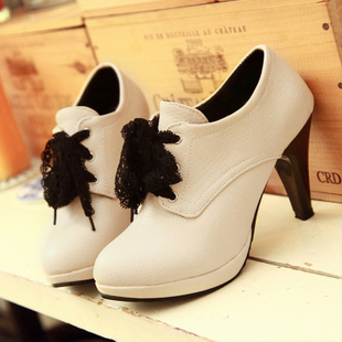 2015 Korean version of the new women s boots lace Martin boots waterproof heels child short boots and ankle boots naked boots