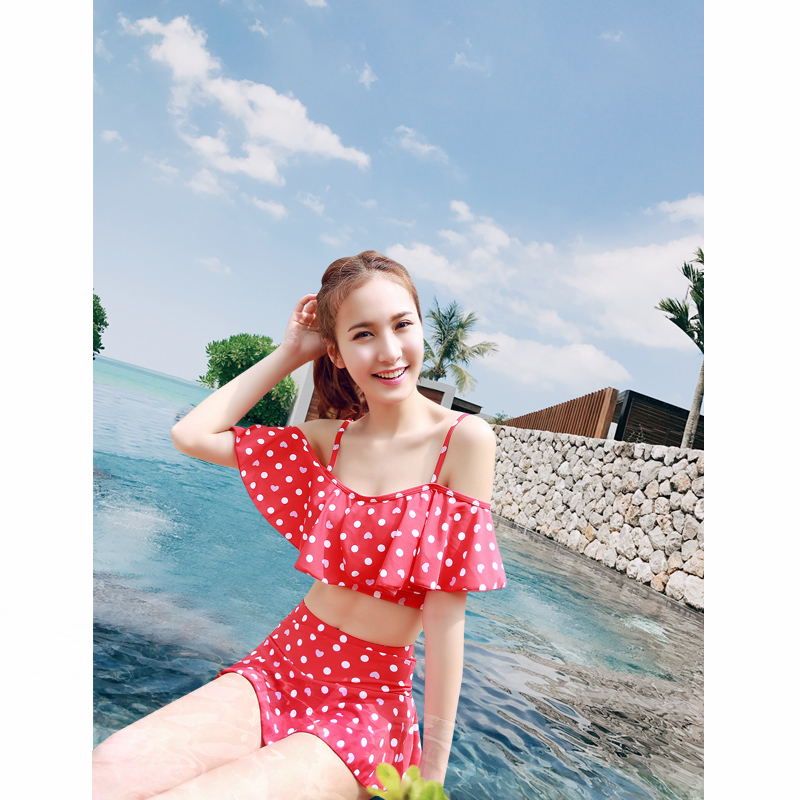 Также прекрасный коралловый купальный костюм маленькая девочка грудь собирать страхование охрана юбка в горошек трещина корея кривляние студент спа плавать одежда