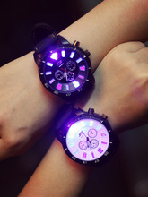 Han edition of the new popular logo luminous watches Couples are cool glow original SuFeng trend watch