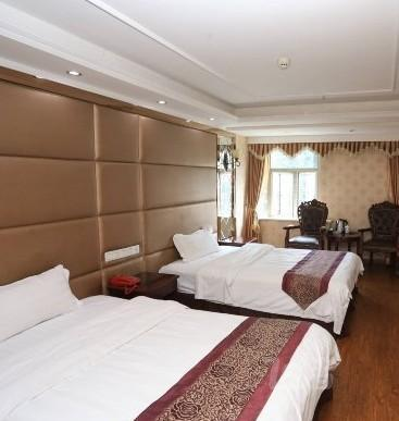 Luxury and comfortable twin room of Alice hotel in Chongqing