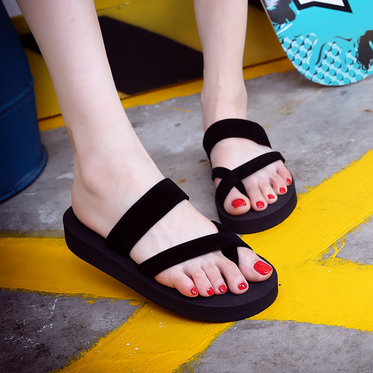 Summer new large size solid color herringbone slippers womens leisure sandals womens foot clip anti-skid versatile flat bottomed beach shoes