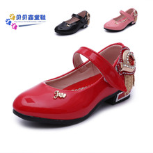 Han edition 4 spring autumn girl girls shoes 5 Velcro 6 diamond decoration paint light leather leather shoes were 7 years old