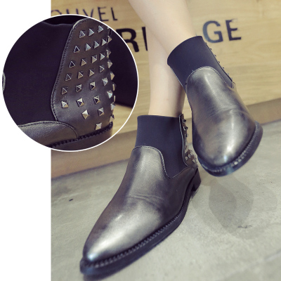 Conduct on European women's leather stitching rivets adornment point of autumn new fund short boots of casual shoes