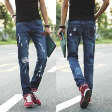 The spring and autumn period and the leisure personality man ripped jeans torn tide male straight thin section beggar scrape bad in the summer of cultivate one's morality pants