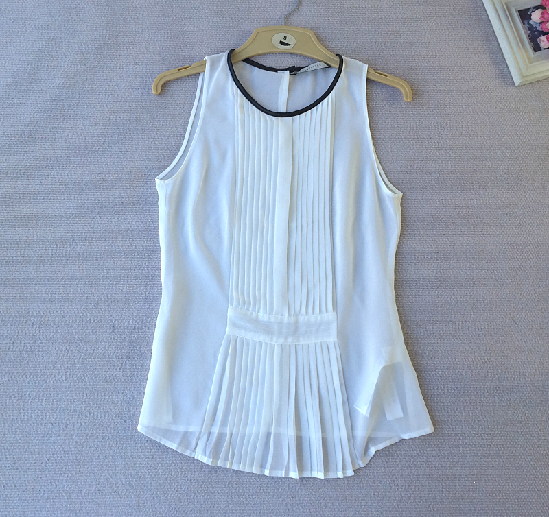 Clear! Leather bag edge organ pleat sleeveless vest shirt chiffon shirt mix and match Perspective