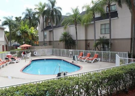 Residence Inn by Marriott Miami Airport West / Dor