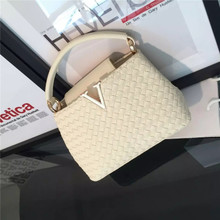 2015 v marca dragon color woven shoulder his small bag