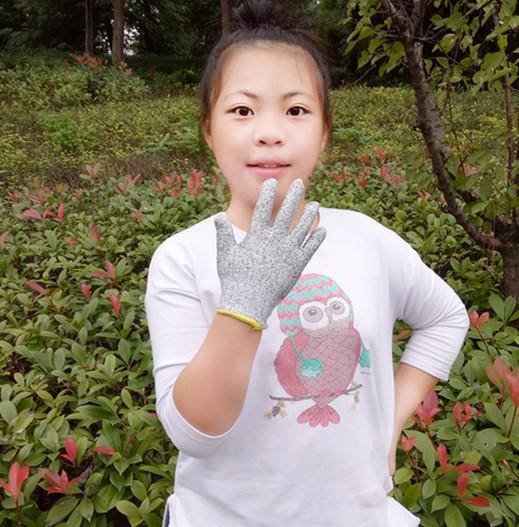Детей руки против косить охрана окружающей среды 5 уровень следовать нигерия частица для женского имени кухня вырезать блюдо плотник компилировать гравировка скольжение лед сад искусство детский сад ребенок