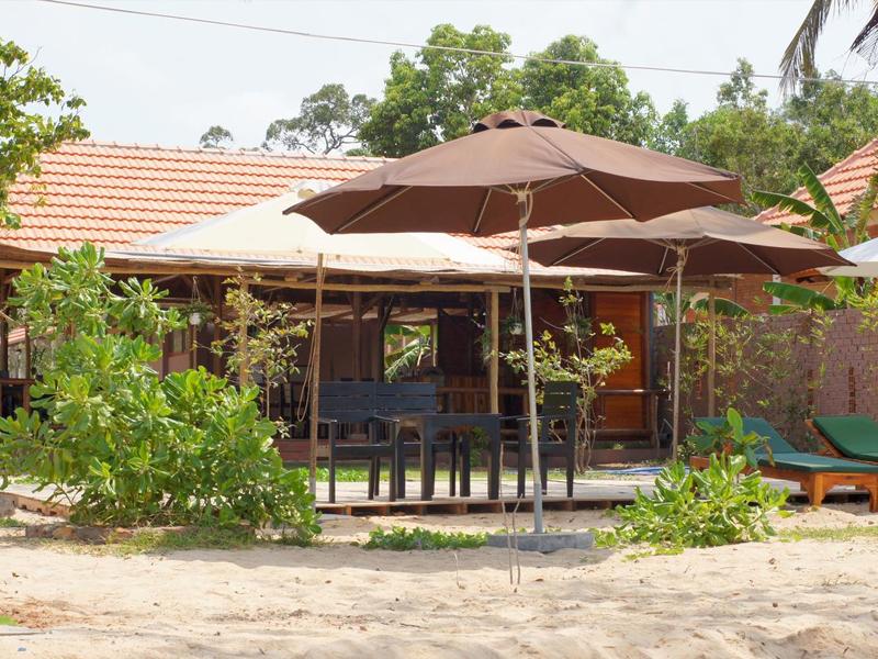 金砂浜の別荘のホテルの家庭の平屋、花園