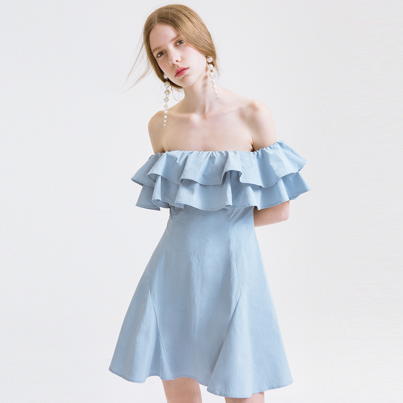 糖力夏装新款欧美女蓝色一字领荷叶边连衣裙露肩礼服显瘦