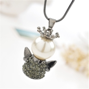 Good stylish Korean female Crown necklace accessory creative Angel long necklace accessory package mail