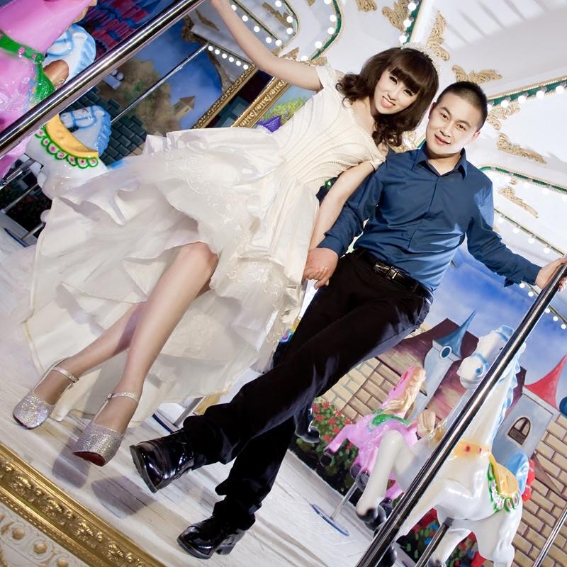 一字肩短款婚纱2019秋季新款新娘敬酒礼服前短后长韩式公主蓬蓬裙